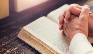 """Idolatria é pecado: fuja dos """"deuses da modernidade"""""""