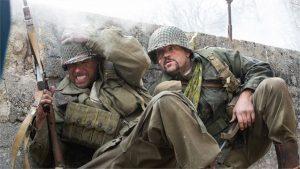 Filme Santos e Soldados - Lançamento - Univer Vídeo