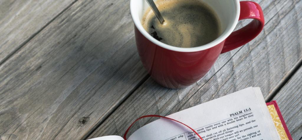Um bom café e uma boa história, aceita esse convite?
